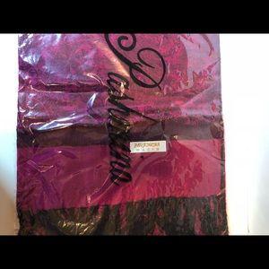Pashmina fuchsia and black scarf